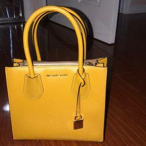 Mustard small Michael Kors bag!